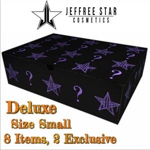 Jeffree star deluxe mystery box size small